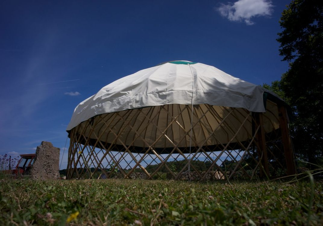 5m70_chestnut_yurt_roofstar_Low